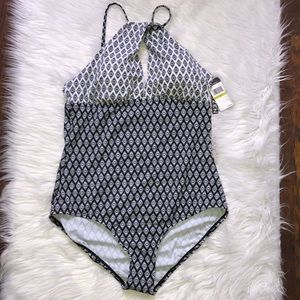 JANTZEN black and white printed one piece swimsuit